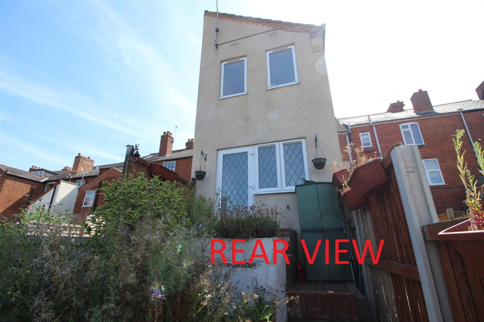 2 Bedrooms Terraced House for sale in Mount Pleasant, Redditch